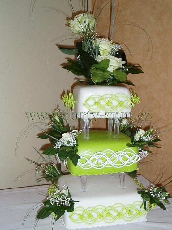 svatební dort, bílo-zelený, zdobení royal icing