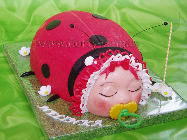 dort beruška 3D, dětský dort