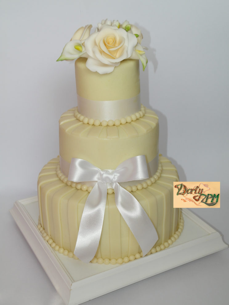dort, svatební, růže, mašle, marcipán