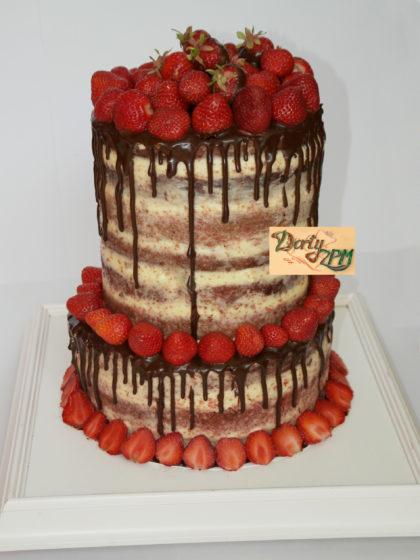 dort,naháč,jahody,čokoláda