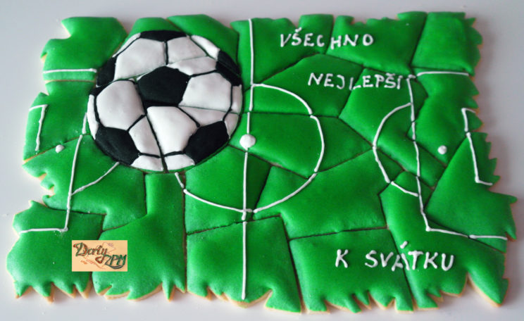 sušenky,puzzle,fotbal
