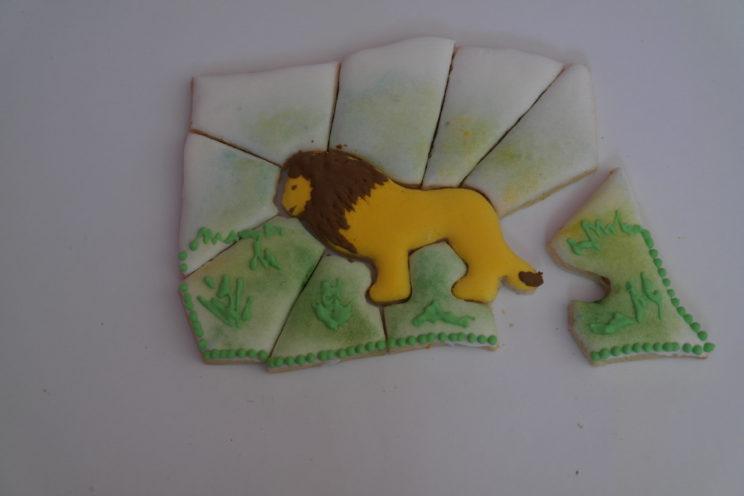 sušenky,puzzle,lev